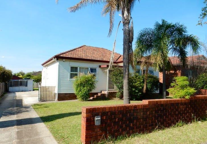 7 Cardigan Road, Greenacre, NSW, 2190