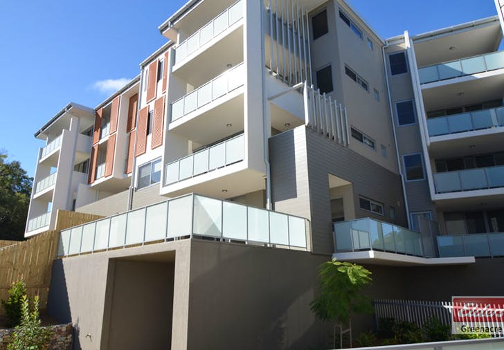 A102 2 Rowe Drive, Potts Hill, NSW, 2143