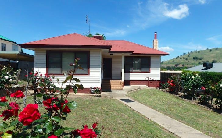 124 Hanley Street, Gundagai, NSW, 2722 - Image 1