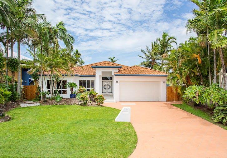 37 Beach Road, Dolphin Heads, QLD, 4740