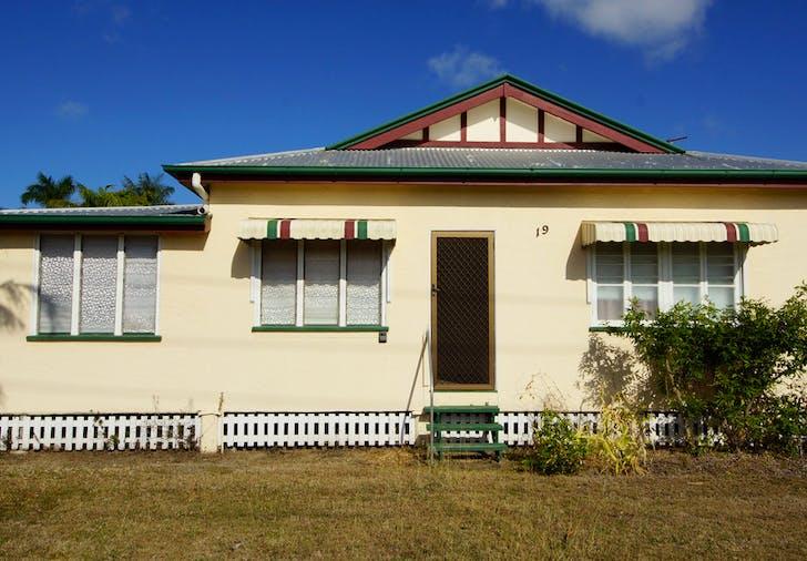 19 Holland Street, West Mackay, QLD, 4740