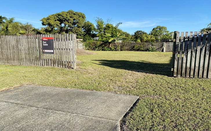 2B Teal Street, Slade Point, QLD, 4740 - Image 1