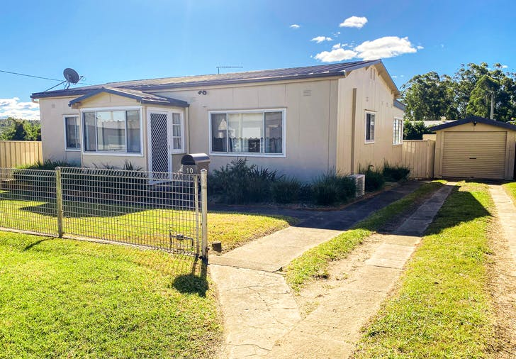 10 Tenth Street, Warragamba, NSW, 2752