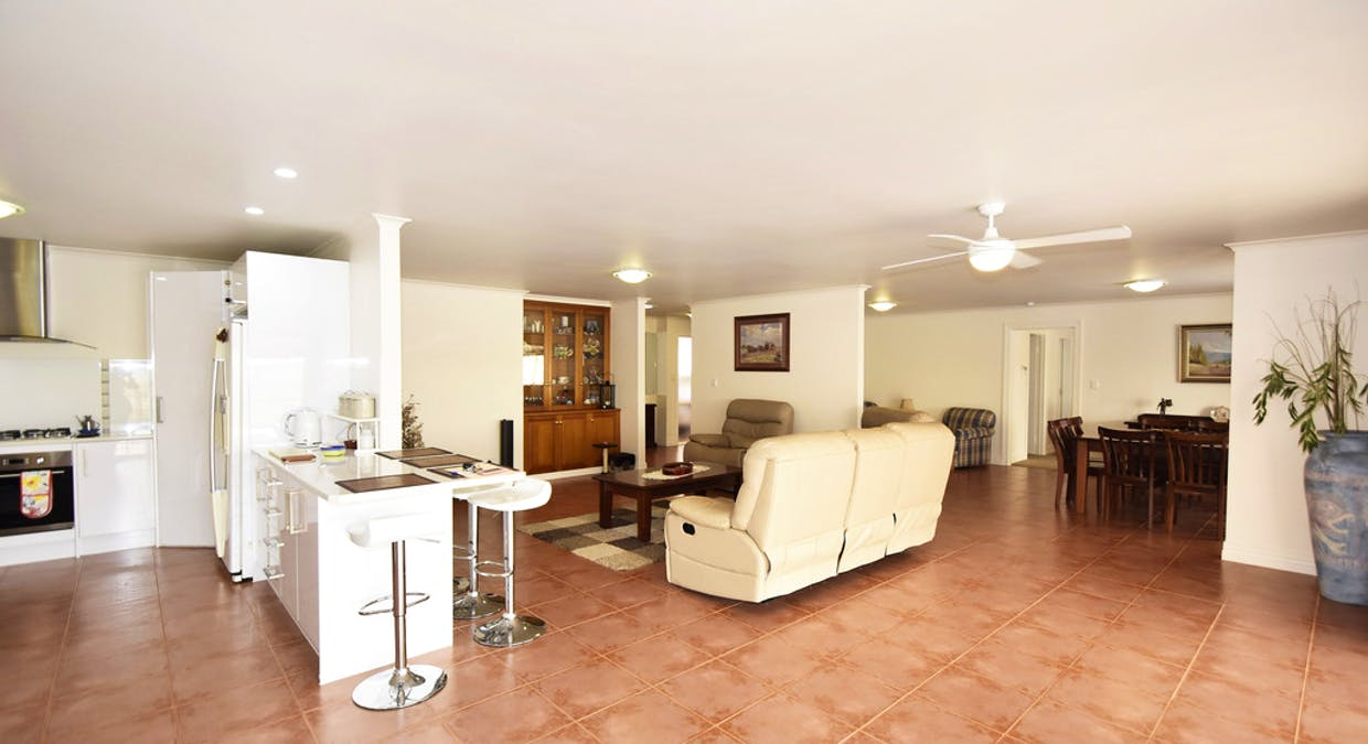 48 Eagle Court, Desert Springs, NT, 0870 - Image 5