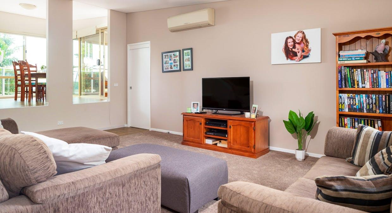 33 Derribong Avenue, Catalina, NSW, 2536 - Image 4