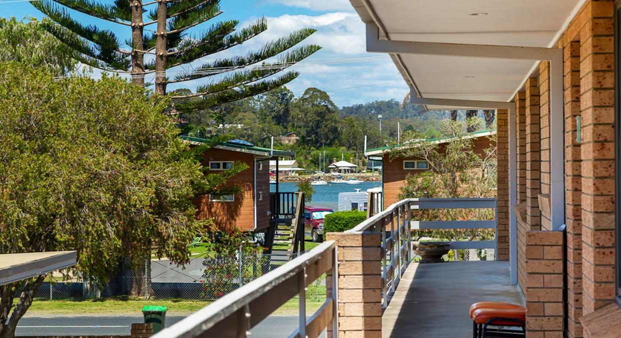 4/25 Wharf Road, Surfside, NSW, 2536 - Image 2