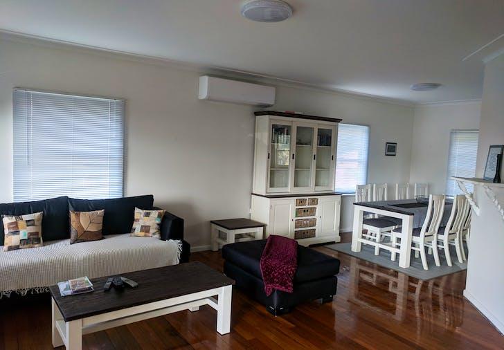 670 Beach Road, Surf Beach, NSW, 2536