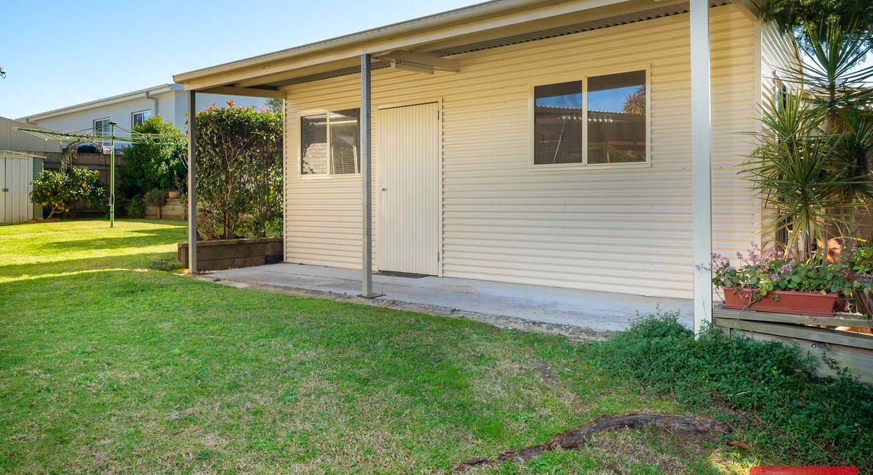1 Gibson Place, Batehaven, NSW, 2536 - Image 14