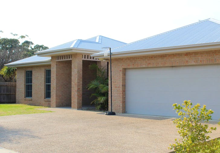 44 Grant Street, Broulee, NSW, 2537