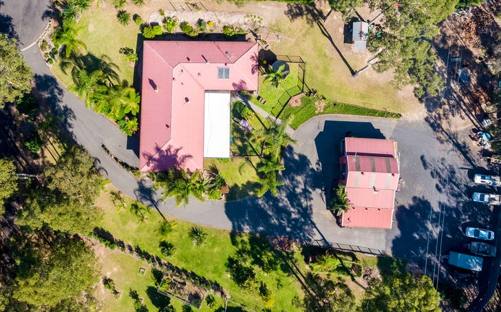 32 The Outlook Road, Surfside, NSW, 2536 - Image 1
