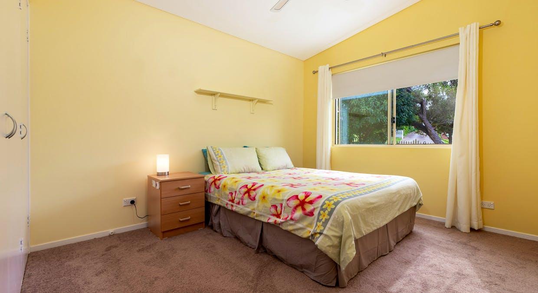 33 Derribong Avenue, Catalina, NSW, 2536 - Image 21