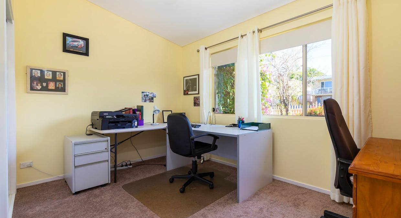 33 Derribong Avenue, Catalina, NSW, 2536 - Image 22