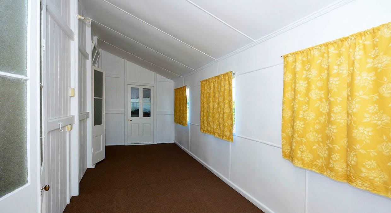 36 Robertson St, Torbanlea, QLD, 4662 - Image 10