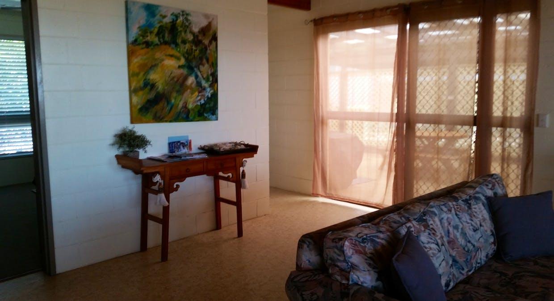 60 Kingfisher Pde, Toogoom, QLD, 4655 - Image 2