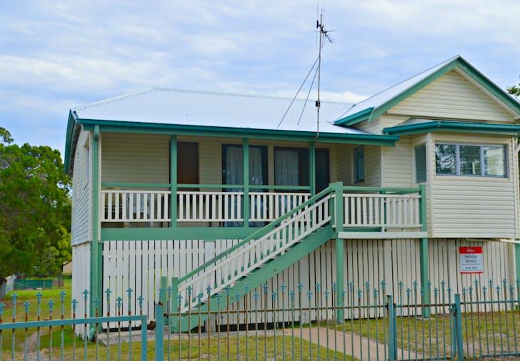 37 Esplanade, Burrum Heads, QLD, 4659