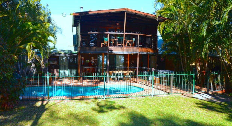 112 Kingfisher Pde, Toogoom, QLD, 4655 - Image 1