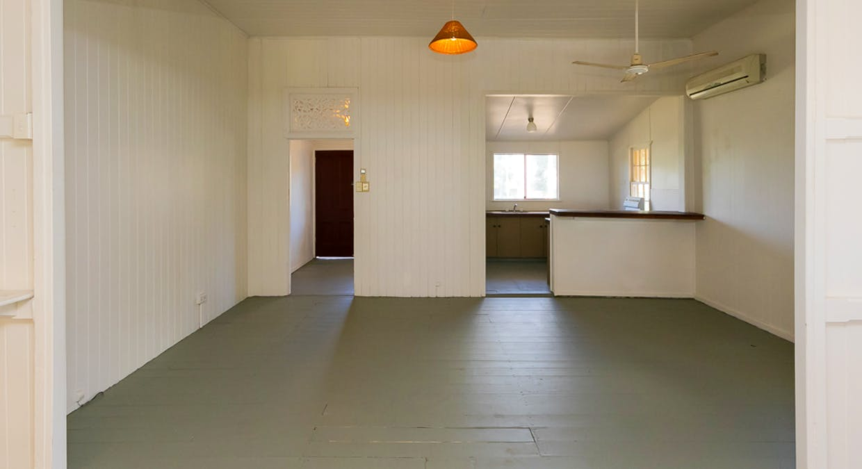 36 Kingfisher Parade, Toogoom, QLD, 4655 - Image 11