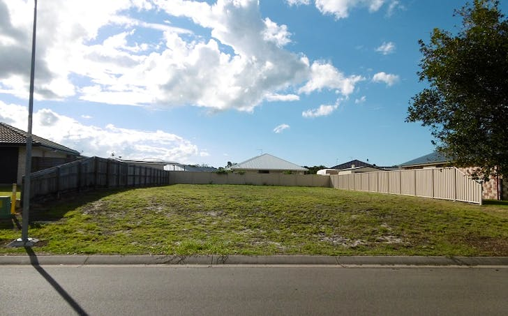 17 Lilly Pilly Drive, Burrum Heads, QLD, 4659 - Image 1
