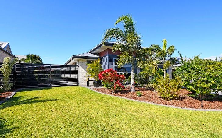 5 Cowrie Court, Burrum Heads, QLD, 4659 - Image 1