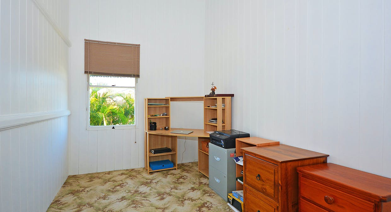 36 Robertson St, Torbanlea, QLD, 4662 - Image 9