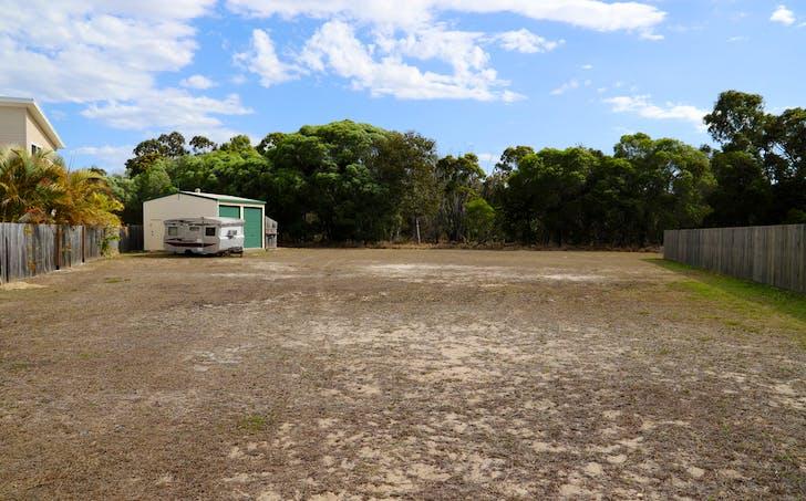 15 Lakes Boulevard, Burrum Heads, QLD, 4659 - Image 1