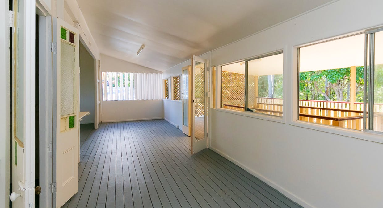 36 Kingfisher Parade, Toogoom, QLD, 4655 - Image 5