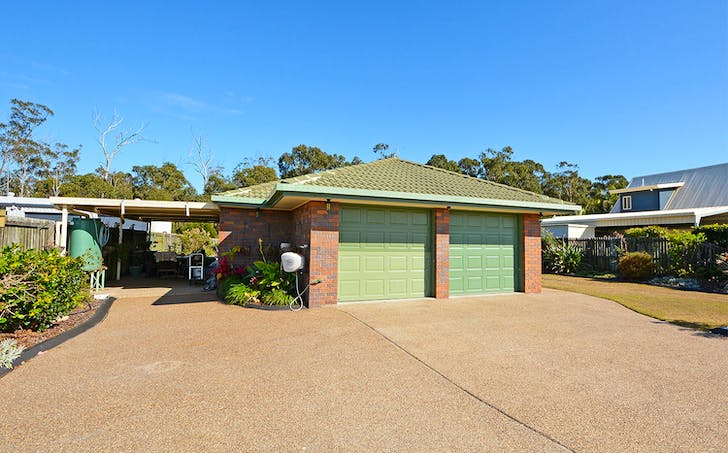 17 Lakeside Dr, Burrum Heads, QLD, 4659 - Image 1