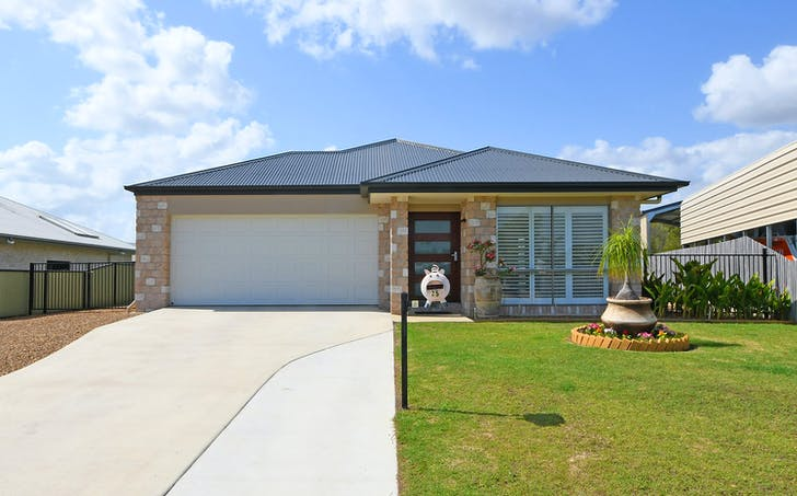 25 Lakes Boulevard, Burrum Heads, QLD, 4659 - Image 1