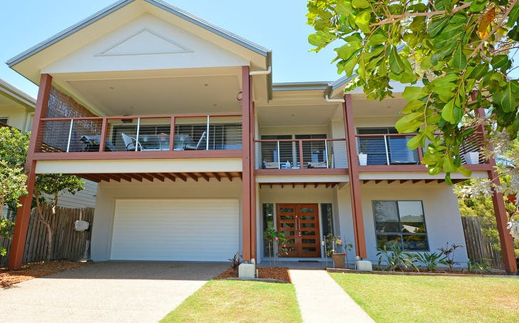 2/39 Beach Drive, Burrum Heads, QLD, 4659 - Image 1