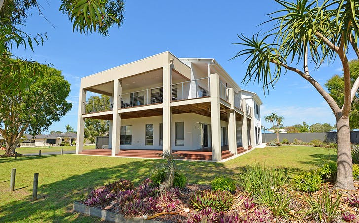 2 Tamarind Close, Burrum Heads, QLD, 4659 - Image 1