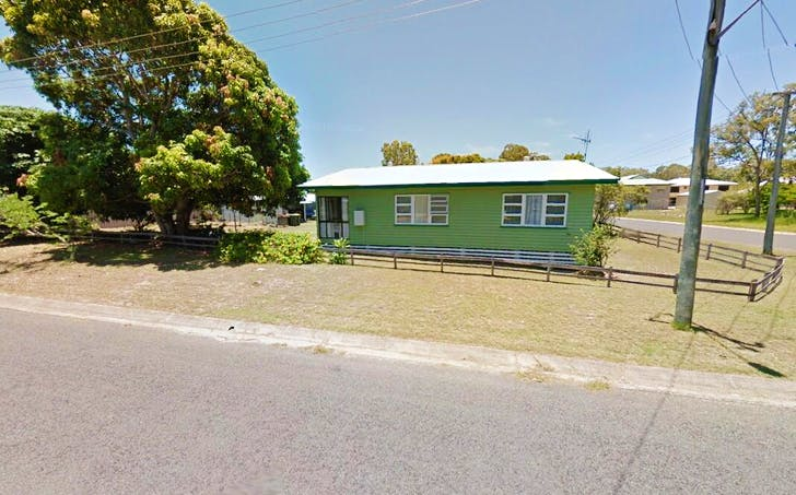 17 Dudley Street, Burrum Heads, QLD, 4659 - Image 1
