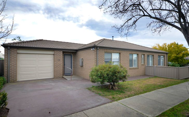 128 Wallace Street, Bairnsdale, VIC, 3875 - Image 1