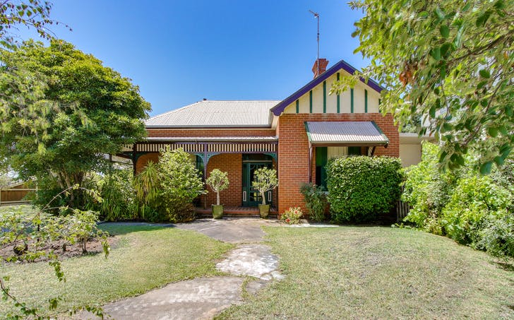 19 Robb Street, Bairnsdale, VIC, 3875 - Image 1