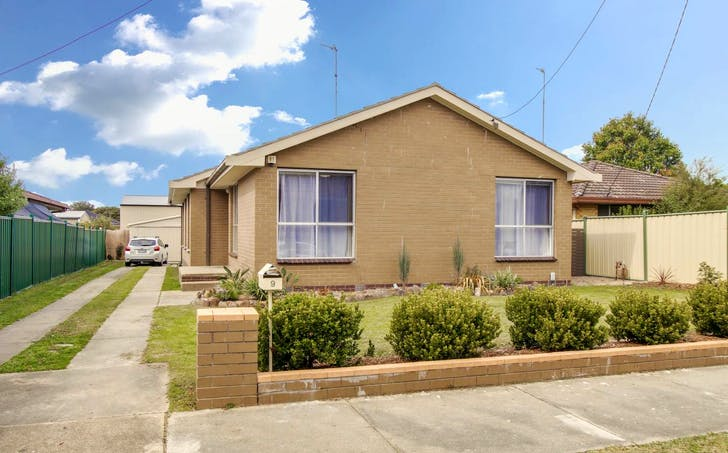 9 Cooma Street, Bairnsdale, VIC, 3875 - Image 1