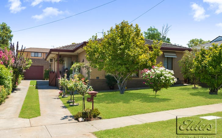 11 Manning Avenue, California Gully, VIC, 3556 - Image 1