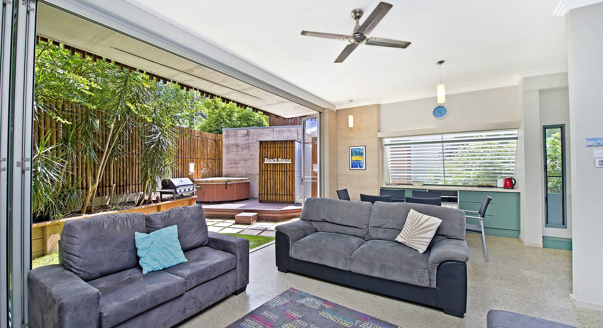 2/9 Belmore Street, Crescent Head, NSW, 2440 - Image 2