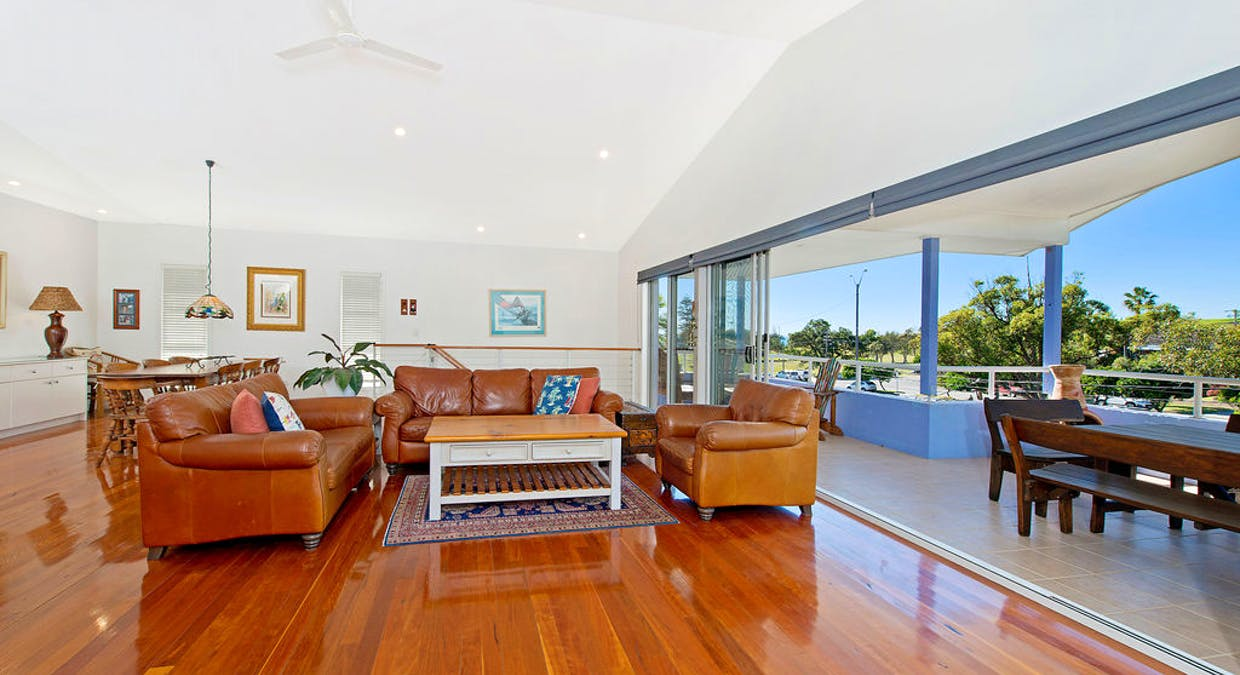 7 Scott Street, Crescent Head, NSW, 2440 - Image 2