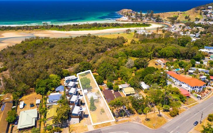 7 Belmore Street, Crescent Head, NSW, 2440 - Image 1