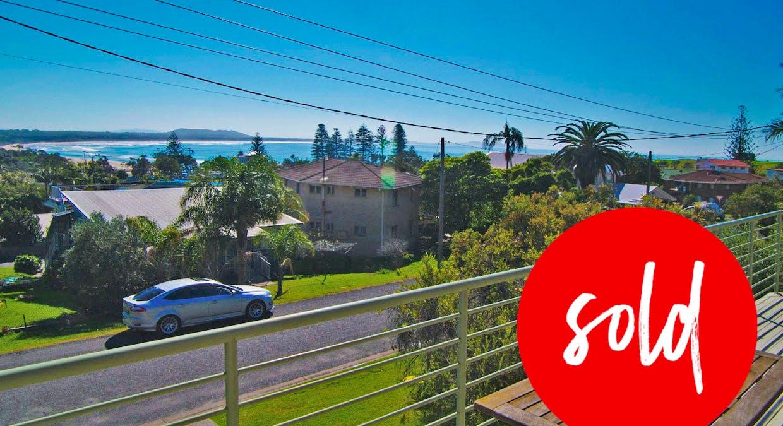30 Stewart Street, Crescent Head, NSW, 2440 - Image 1