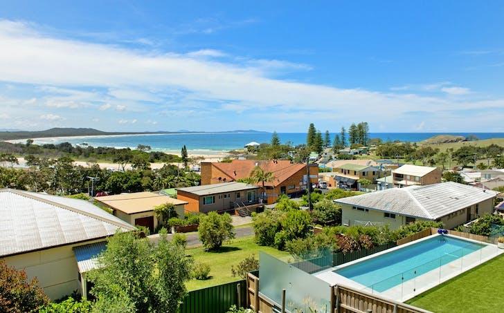 3 Korogora Street, Crescent Head, NSW, 2440 - Image 1