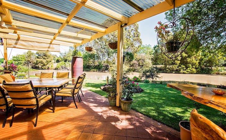 8 Kingfisher Drive East, Moama, NSW, 2731 - Image 1