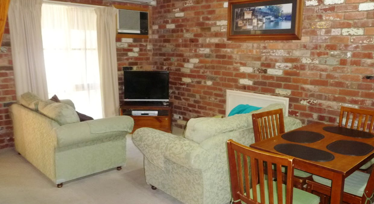 Apartments 1 And 2,  8 Berry Street, Moama, NSW, 2731 - Image 11