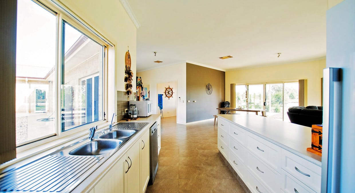 737 Echuca West School Road, Echuca, VIC, 3564 - Image 9