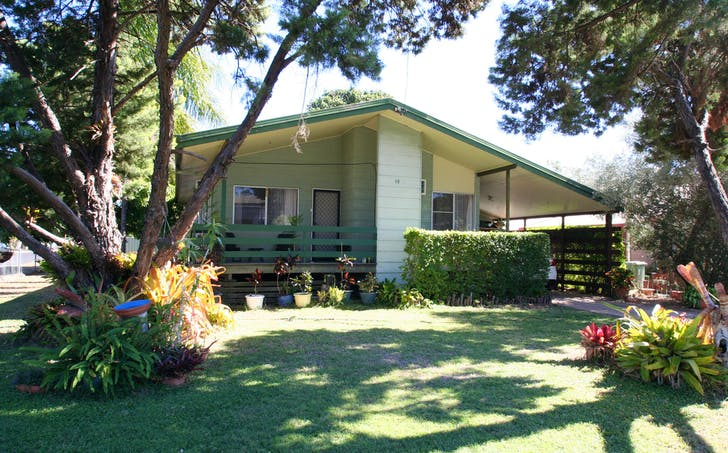 15 Centenary Drive, Emerald, QLD, 4720 - Image 1