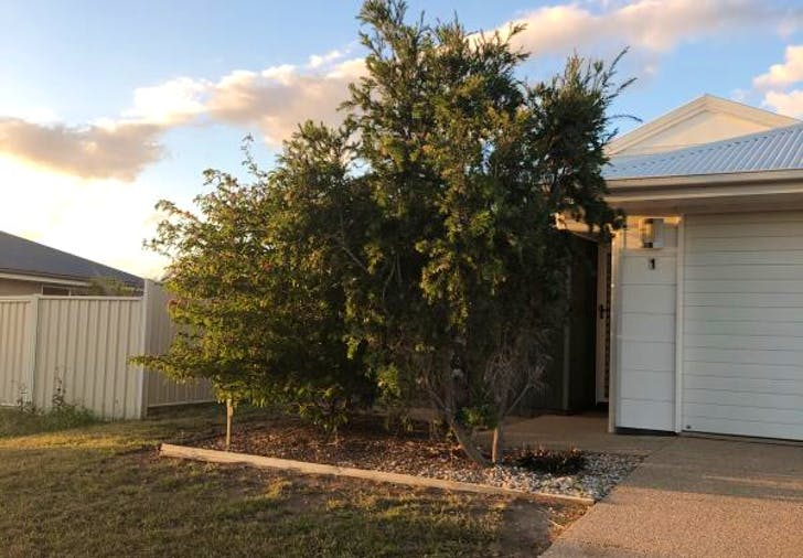 Unit 1/28 Lakeside Drive, Emerald, QLD, 4720