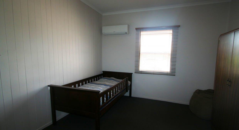 57 Retro Street, Emerald, QLD, 4720 - Image 23