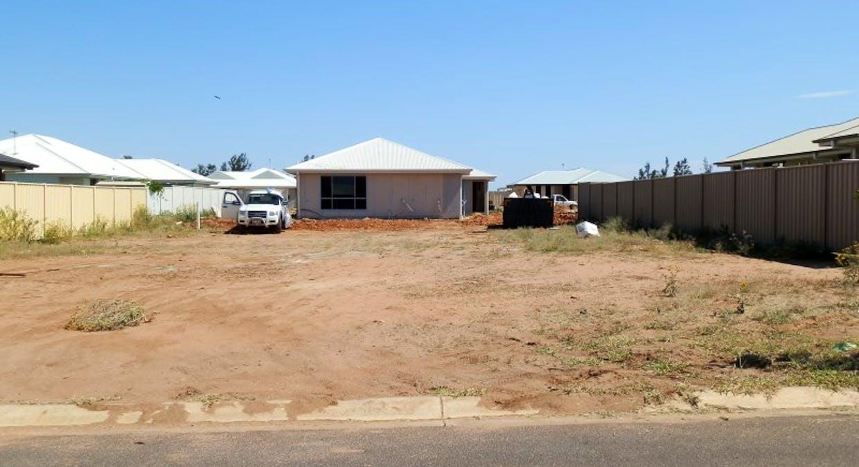 4 Flemington Road, Emerald, QLD, 4720 - Image 2