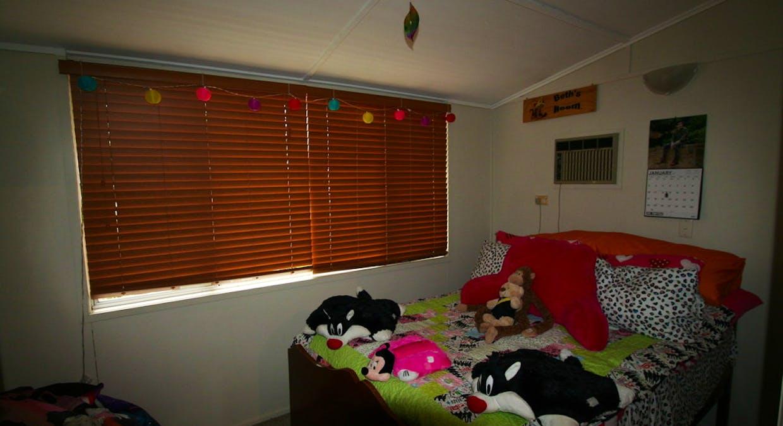 2 Pill Street, Emerald, QLD, 4720 - Image 5