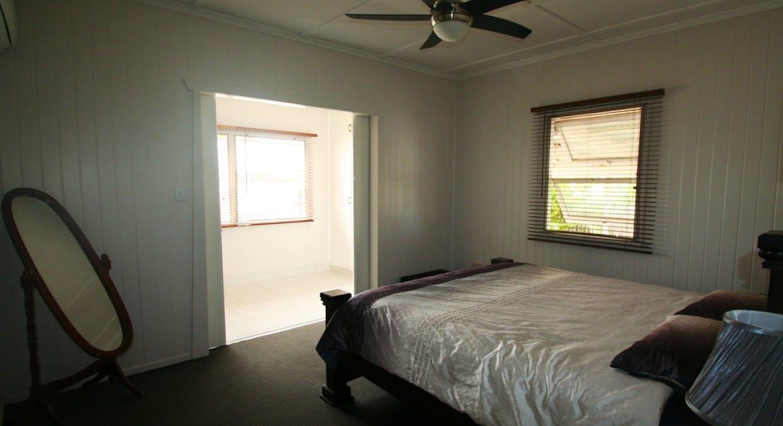 57 Retro Street, Emerald, QLD, 4720 - Image 9