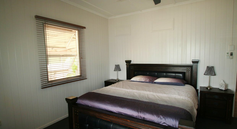 57 Retro Street, Emerald, QLD, 4720 - Image 8